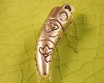 10 silver horn fang charms pendants flowers floral Italian fangs teeth vampire wolf werewolf sword weapon horns 24mm x 8mm - C0620-10
