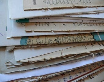 125 pieces SCRAPBOOKING VINTAGE Paper - Assorted huge lot of ephemera papers from past