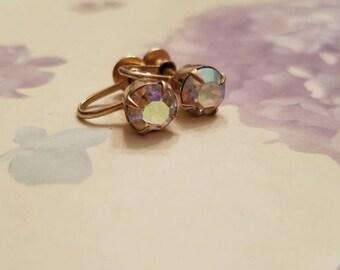 Vintage Aurora Borealis Pink Iridescent Rhinestone Screw Back Earrings Gold Tone Metal 1960s