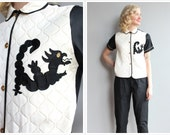 1940s Lounge Top // Novelty Dragon Quilted Lounge Top // vintage 40s blouse