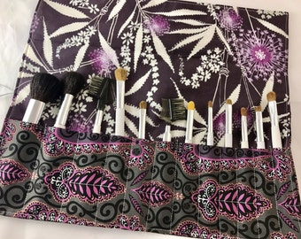 Make Up Brush Holder - Makeup Brush Roll - Makeup Brush Organizer - Makeup Brush Bag - Makeup Brush Case - Isabelle Paisley in Plum