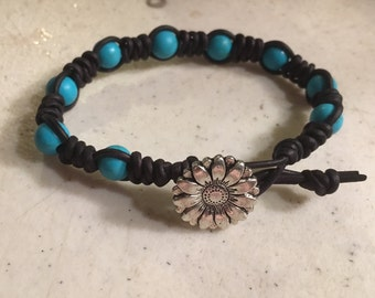 Black Bracelet - Macrame Jewelry - Turquoise Gemstones - Leather - Fashion - Trendy - Beaded - Silver Flower Button