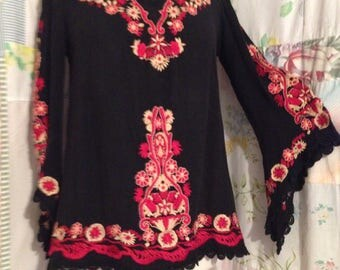 SMALL Top Bohemian Hippie Embroidered Flowerchild Boho Black  Top