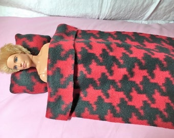 Red & black houndstooth print Fleece bedding set for male and female Fashion Dolls - bsb24
