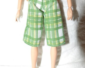 Fashion Doll Coordinates - Green & white plaid capri pants - es441