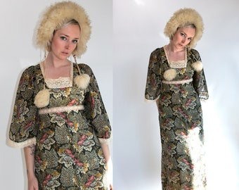 Vintage 1970's Young Innocents Angel Sleeve Maxi Dress in Floral Print Women's Size Medium to Large Retro/Hippie/Boho