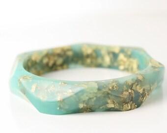 wavy seafoam with gold flakes eco resin bracelet bangle