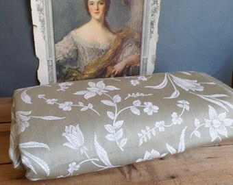 vintage FRENCH taupe/grey damask ticking fabric white flowers