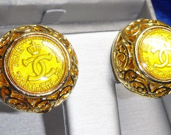 1980 Gold Round Chanel CC Logo Earrings a collaboration between Chanel Rubcamell of Paris and Murano glass of Venice 1980