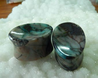 1 pair natural chrysocolla tear drops shape in 63mm perimeter 15mm thickness 1.5mm flare , concave face and flat back