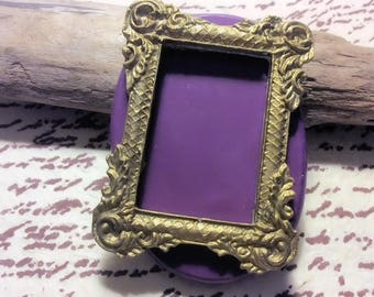 Fancy frame flexible silicone mold