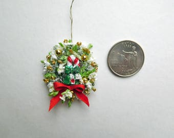 Cute Tiny Christmas Wreath for Dollhouse or Vignette
