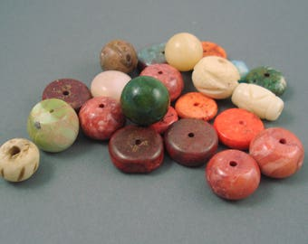 Destash Mix of Beads, 22 Pieces