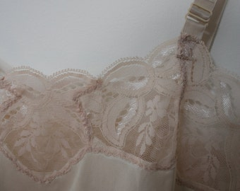 Vintage 80s Cream Camisole with Lace Trim S