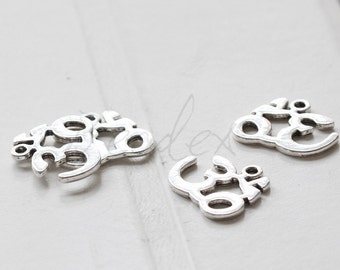 8 Pieces / om ohm aum / yoga meditation / Oxidized Silver Tone / Base Metal / Charm (Y15730//E124)