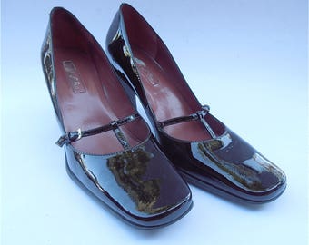 Vintage Brown Patent Pumps Ladies Shoes Dark Chocolate Unisa Mary Jane Buckle High Heel T Strap Rubber Sole Womens Size 7.5 Shiny Designer