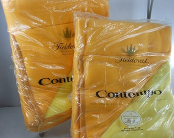 "UNUSED Pair Vintage Blankets Acrylic FIELDCREST ""Contempo"" Yellow Orange Reverse Nylon Velvet Bind"