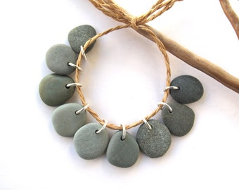 Beach Stone Beads Rock Beads Mediterranean Diy Jewelry Findings Drilled River Stone Beads Small Sea Stone Pairs MISTY GREEN CHARMS 17-18 mm