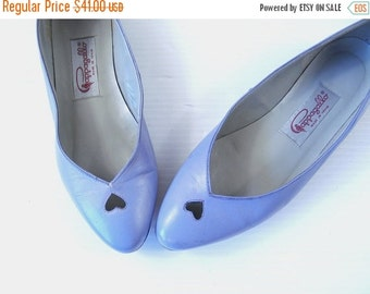 Sale vtg 80s Lilac CUT OUT HEARTS flats 6 cute kitschy shoes Kawaii shoes retro dolly hipster indie purple