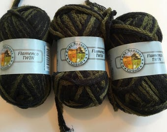3 skeins Two Tone Olive Green/Black knitting scarf yarn Four Seasons Grundl Flamenco TWIN Acrylic frilly ruffle yarn
