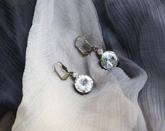Women's Antiqued Brass Clear crystal drop dangling earrings. Victorian style. Valentines Gift for Her