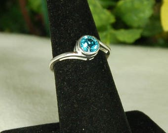 Blue Topaz Ring, Size 9, Swiss Blue, December Birthstone, Blue Solitaire, Sterling Silver, Swiss Blue Topaz, Blue Gemstone, Bright Blue Gem