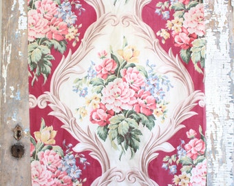 Vintage 1940's Scrolled Floral Roses Fabric