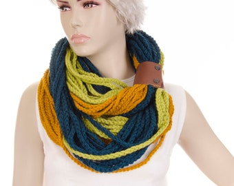 Infinity scarf chunky cowl with genuine leather bracelet  crochet chain lariat loop  scarf