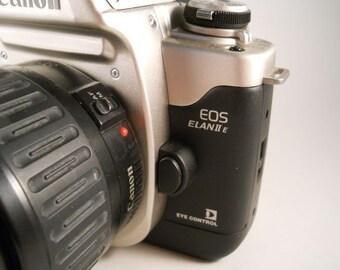 Canon EOS Elan 2 E with 35/l05 lens