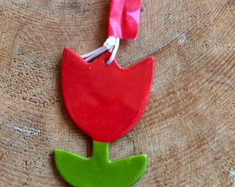 Red Tulip /Flower/Hanging Ceramic Tulip/Ceramic Decoration/ornament.Mothers Day/Easter gift.Porcelain ornament/Made in Wales,Uk