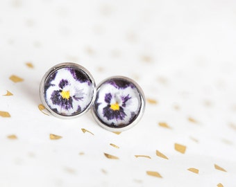 Purple Pansy Earrings, Violet, Pansy Earrings, Purple Studs, Pansy Studs. Purple Earrings, Flower Studs, Flower Earrings