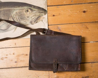 DISCOUNTED Vintage Leather Messenger Bag