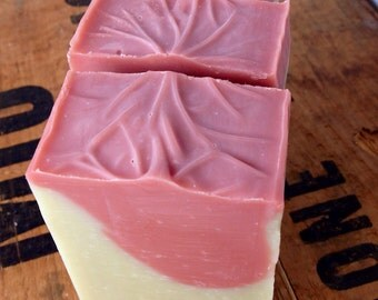 Lavender, Clary sage, Cedarwood & Rosemary Essential oil blend - French clay - Rose clay - Vegan - Beautiful facial bar