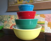 Vintage Pyrex Nesting Bowl Set Primary Colors Mid Century Awesome Kitchen