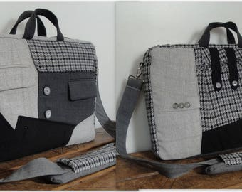 Ready to Ship - Messenger laptop bag - Shoulder bag - Laptop COMPARTMENT - WATERPROOF lining - Fully Padded 8mm foam