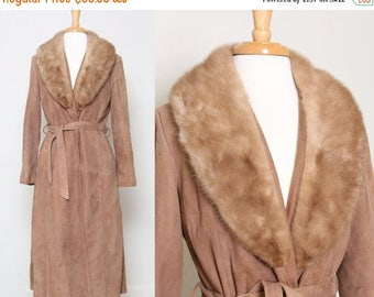 ON SALE Vintage Leather Coat With Fur Collar / Long Coat