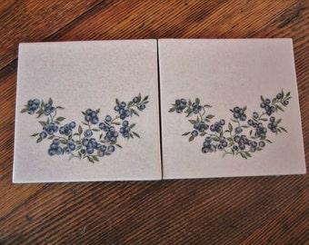 2 Blueberry Accent Art Tiles by Cape Shore White w Berry Design 6X6 Trivet