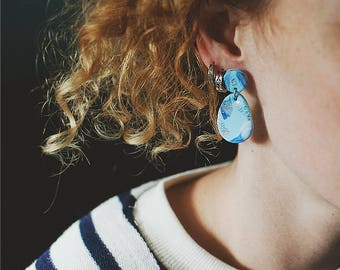 Cosmic textures earrings in light blue with sterling silver stud by Pardes