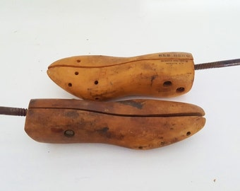 Vintage Wood Shoe Molds Antique Pair Of Industrial Wooden Shoe Stretchers Large Antique Wood Shoe Tree Antique Wooden Shoe Tree Rustic Decor