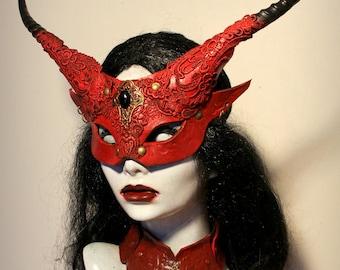 Red Banshee Devil mask