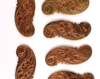 Vintage Flowers Swag, French Jewelry, Floral Swag Design, Jewelry Making, Gingerbread Brass, Bsue Boutiques, 15 x 37mm, Item09559
