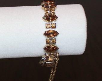 Lovely Vintage, Weiss Topaz Marquise Rhinestone Bracelet