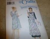Pattern Simplicity Crafts 5201 Daisy Kingdom Pinafore Bib Style Size A