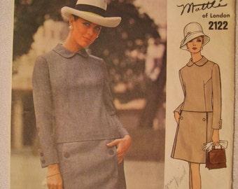 Vogue Couturier Design 2122 Jo Mattli of London Vintage 1960s Uncut Couturier Label Included Size 10