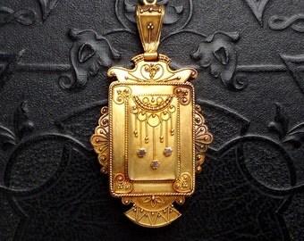 Etruscan Revival Gold Locket. Victorian 10k Gold.