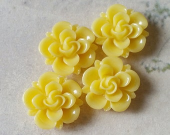 19 mm Yellow  Rose Resin Cabochons (.sg)