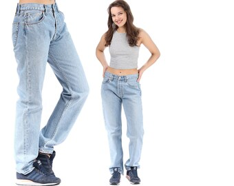 Distressed Levis 501 Mom Jeans Well Worn High Waist Levis Vintage Jeans Boyfriend Denim Light Faded Stonewash Pants Trousers W32 L32 Medium