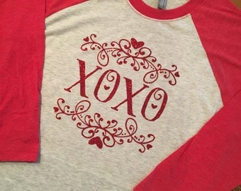 Women's Valentine's Day 3/4 sleeve raglan shirt. XOXO Women's shirt, Valentine's Day shirt, glitter
