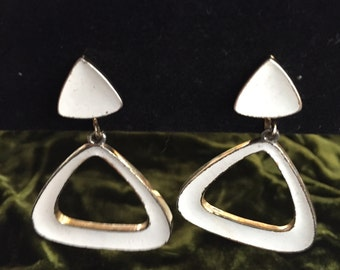 Vendom 70s 80s Dangle White Gold Tone Clip On Earrings Geometric Modernist Mod