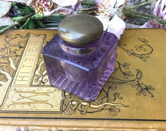 Pretty Edwardian Era Amethyst Glass Inkwell